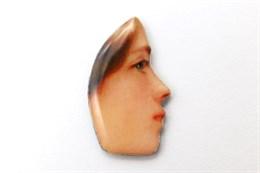 Лицо девушки в профиль, №2